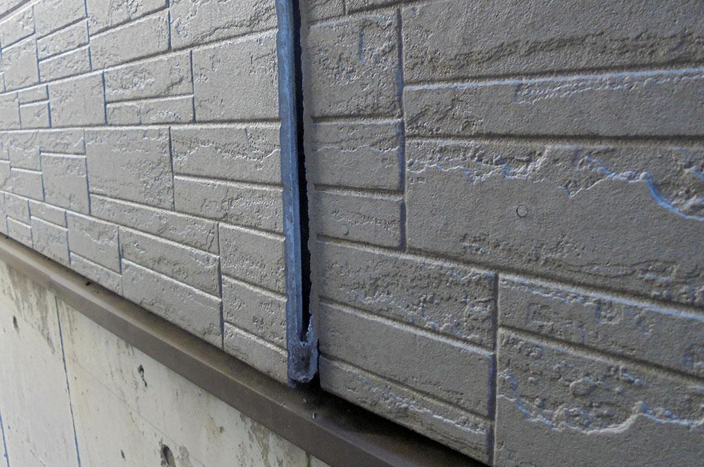 サイディング外壁の反り