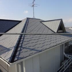 ガイナ屋根施工例